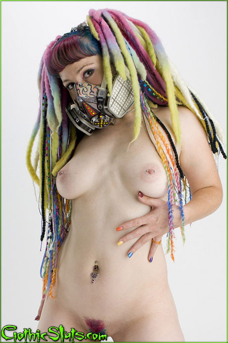 gothicsluts nummy cyber gasmask