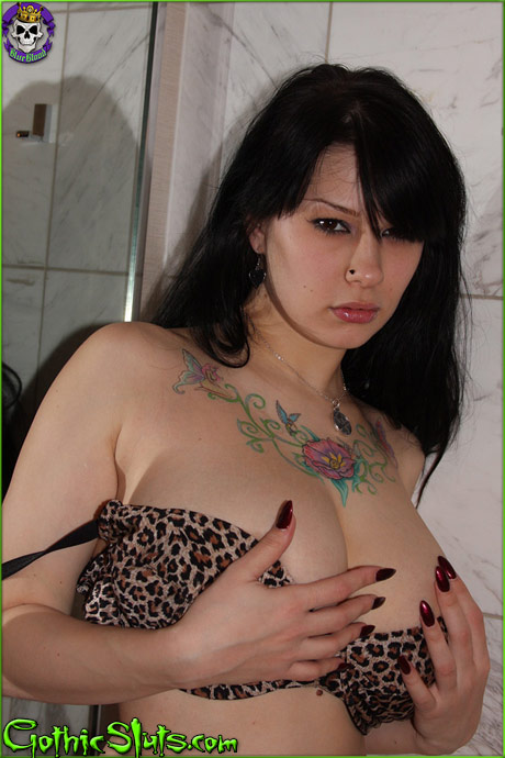 gothicsluts jennique addams shower breasts