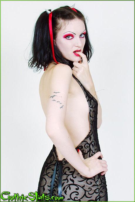 Gothic Sluts Scar13 Gown