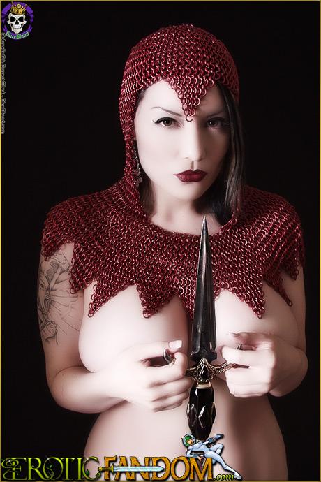 Erotic Fandom Dahlia Dark Busty Armored Assassin